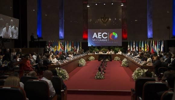 Abogan mandatarios caribeños por fortalecer la paz en la región