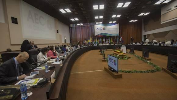 Abre la VII Cumbre de la Asociación de Estados del Caribe en La Habana
