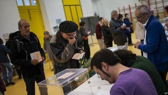 Los partidos políticos entran nuevamente en la etapa de discusiones para lograr coaliciones y buscar la mayoría de votos. Foto: EFE.