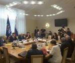 Encuentro entre el Presidente del Parlamento cubano Esteban Lazo y la Presidenta de la Cámara Alta del Parlamento ruso Valentina Matvienko. Foto: EmbacubaRusia