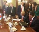 Firma del acuerdo de perfeccionamieto de la Comisión Intergubernamental Cuba-Rusia. Foto: EmbaCuba Rusia