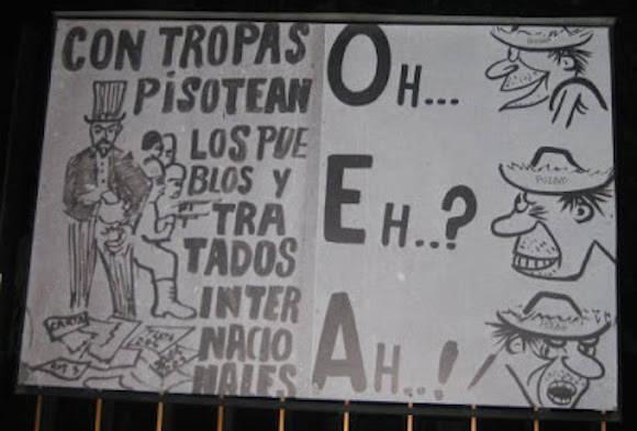 """Cartel cubano de la época en que Raúl Roa García, Canciller de la Dignidad, llamara a la organización """"Ministerio de colonias de los Estados Unidos"""". Cuba fue expulsada de la OEA en enero de 1962."""