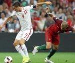 Robert Lewandowski marcó hoy ante Portugal el segundo gol más rápido en la historia de las Eurocopas. Foto: Marca.