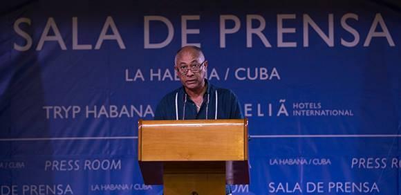 Rigoberto López Pego, director de la Muestra Itinerante de Cine del Caribe, impartió una conferencia en el contexto de la VII Cumbre de la AEC: Foto: Ismael Francisco/Cubadebate.