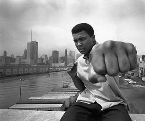 muhammad-ali-fist-apple-think-different