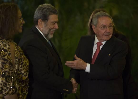 Raúl y Ralph Gonzalvez. Foto: Ismael Francisco / Archivo de Cubadebate