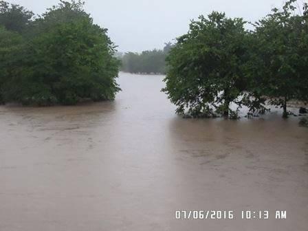El rio San Juan desbordado. Foto: Tomada del sitio en Facebook de Francisco Valdés Alonso