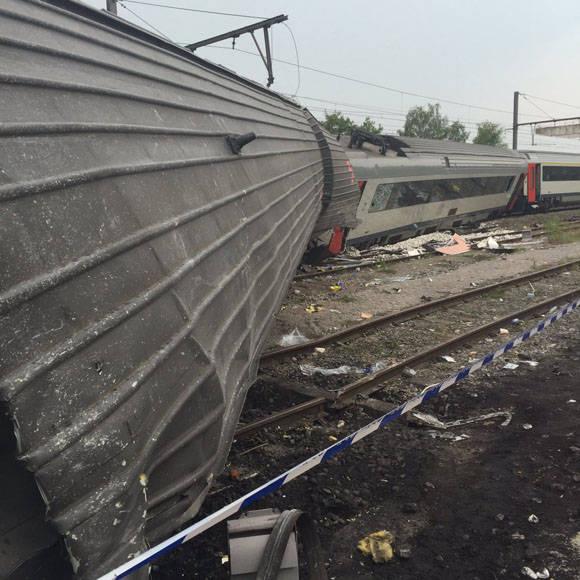 Choque de trenes en Bélgica: Foto: Cuenta en Twitter de Primer Ministro de Bélgica, Charles Michel.