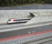 El túnel conecta la zona suiza italoparlante con la germanoparlante.
