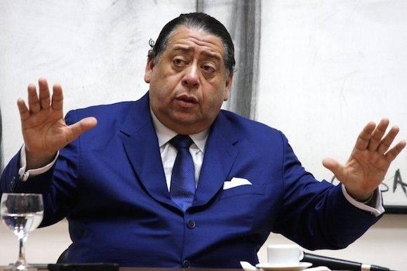 """el referéndum revocatorio """"no significa atentar contra la Constitución"""". Sin embargo, indicó que """"por eso deben cumplirse los lapsos legales y constitucionales (…) Siempre en el marco de la Constitución, debe ser respetado y defendido"""". Foto: Embajada de Venezuela en Cuba"""