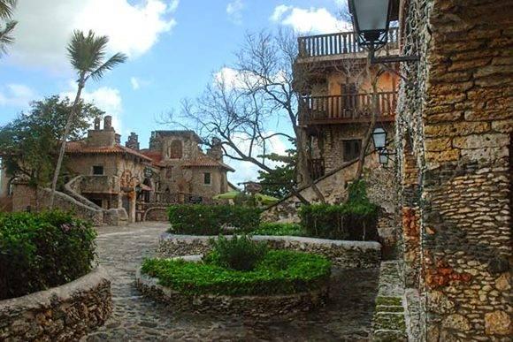 Altos de Chavón, villa de tipo medieval erigida en la cúspide de una de las márgenes del río Chavón, al sudeste de la República Dominicana, el 12 de julio de 2016. ACN FOTO/Juan Pablo CARRERAS