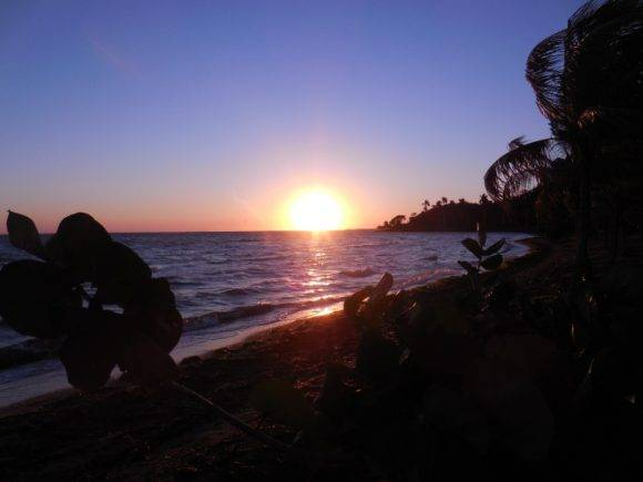 Amanecer Playa Bibijagua, Isla de la Juventud. Foto: Roberto Ariel Ferrera Romero / Cubadebate
