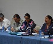 Intervención de Tania Docunger, presidenta de la Comisión de Atención a los Servicios. Foto: Jorge L. Beker/ ANPP.