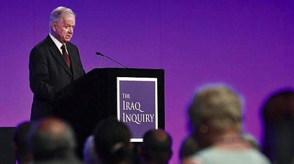 Chilcot lee su informe. Foto tomada de Euronews.