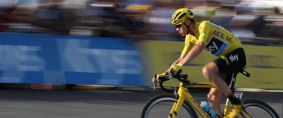 Froome ganó el Tour por segunda ocasión consecutiva, nadie lo había logrado desde 1995. Foto: AFP/ Kenzo Tribouillard.