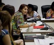 Rosmery Santiesteban, diputada por la provincia Granma interviene en la Comisión de Atención a la Niñez y la Igualdad de Derechos de la Mujer. Foto: Ladyrene Pérez/ Cubadebate.