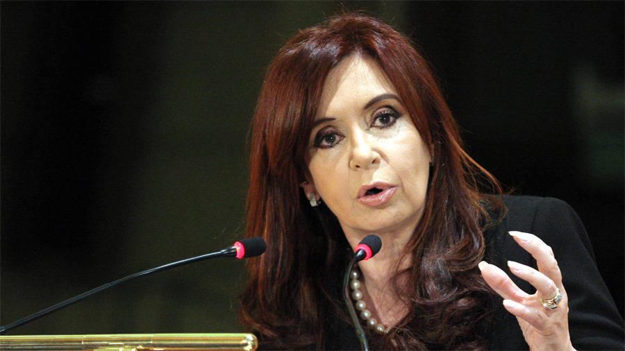 <b>Cristina Fernández</b> instó a que se revisaran contratos de obras públicas ... - Cristina-Fern%C3%A1ndez-de-Kirchner