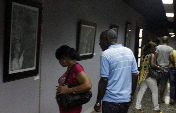 """La muesta de los fotorreporteros Livorio Noval e Ismael Francisco, """"Fidel, soldado de las ideas"""", inauguró la Feria Arte en la Rampa. Foto: José Raúl Concepción/ Cubadebate."""