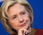 """Clinton lanzó hoy una campaña llamada """"Nuestra historia"""", que recopila testimonios de estadounidenses de raíces latinas como """"un reflejo de los EE.UU. por el que luchar"""". Foto tomada de Los Angeles Times."""