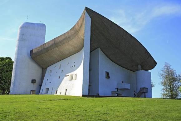 La iglesia de Ronchamp en Francia, de 1955. Foto: Cordon Press.