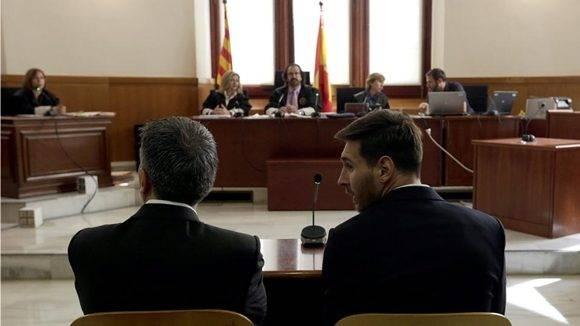 Lionel Messi y su padre fueron senteciados a 21 meses de prisión por evadir impuestos. Foto tomada de Eurosport.
