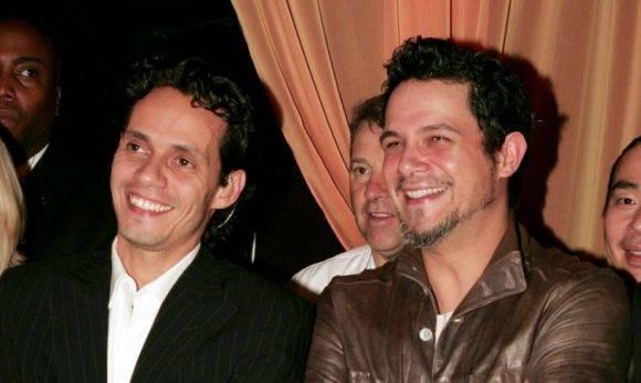 Marc Anthony y Alejandro Sanz hace algunos años. Foto tomada de Hola.