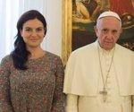 Papa Francisco Paloma Gomez