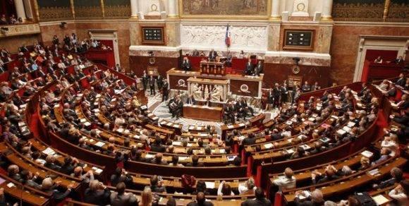 Parlamento francés. Foto tomada de notihoy.com