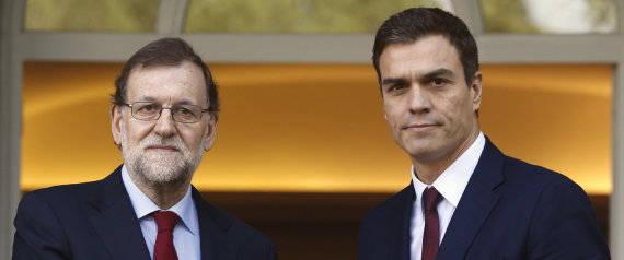 Mariano Rajoy (izq.), líder del PP y presidente en funciones de España y Pedro Sánchez, líder del PSOE, segunda fuerza política del país. Foto: EFE/ J.J.Guillen.