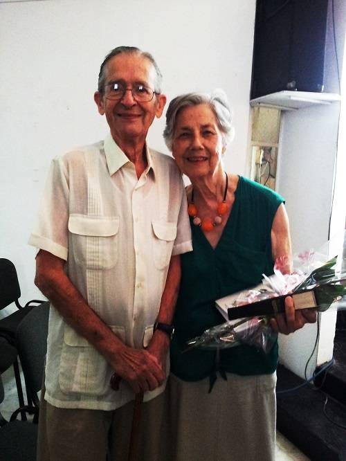 Ambrosio Fornet y Silvia Gil, en la entrega del Premio LASA. Foto: Flor de Paz