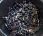 Reciclaje de armas en California. Foto: AP