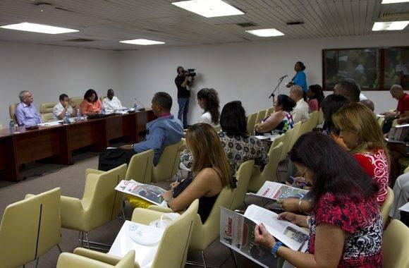 Los discursos de Fidel y Rául se analizaron en la Comisión de Salud y Deporte. Foto: Ladyrene Pérez/ Cubdebate.