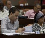 La Comisión de Educación, Cultura, Ciencia, Tecnología y Medio Ambiente sometió a debate los resultados preliminares del proceso de ingreso a la Educación Superior en el curso 2015-16. Foto: Ladyrene Pérez/ Cubadebate.