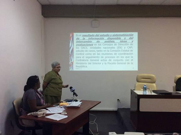 Gladys Bejerano, Contralora General de la República, presentó un informe acerca del comportamiento de las indisciplinas, ilegalidades y manifestaciones de corrupción administrativa, reportadas en el 2015. Foto: María del Carmen Ramón/ Cubadebate.