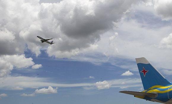 Controlador aéreo. Foto: Ladyrene Pérez/ Cubadebate