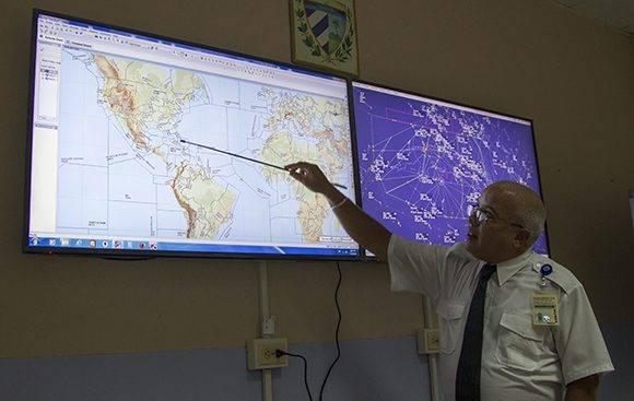 Ricardo Martínez, Especialista en aeronavegación y controlador aéreo. Foto: Ladyrene Pérez/ Cubadebate.