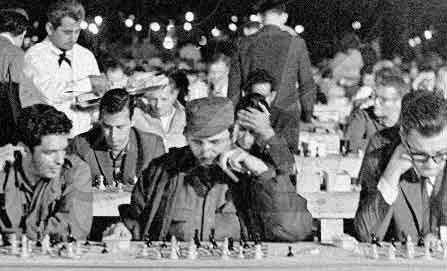Fidel en las simultáneas de 1966.