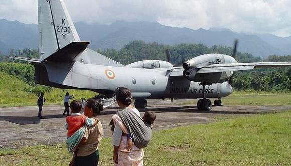 Desaparece avión militar indio con 29 personas a bordo