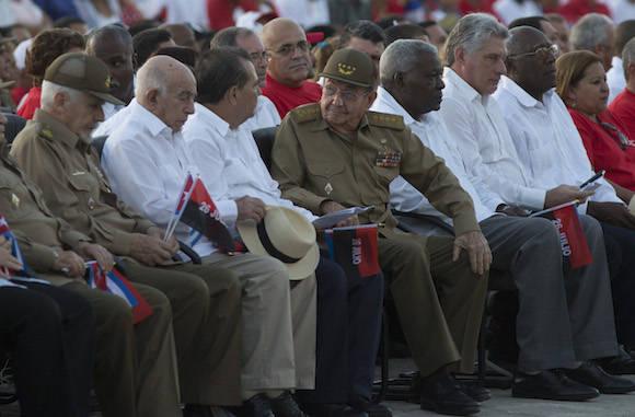 Raúl Castro presidió en Cuba acto por Día de la Rebeldía Nacional