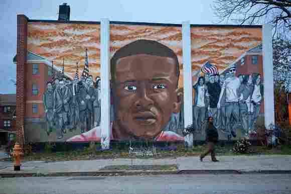 Mural con el rostro de Freddie Gray en la ciudad de Baltimore. Foto: Jun Tsuboike/NPR.