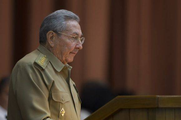 Raúl Castro ante los diputados este viernes. Foto: Ladyrene Pérez/ Cubadebate