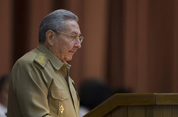 Intervención del presidente cubano Raúl Castro Ruz en la sesión plenaria de la Asamblea Nacional. Foto: Ladyrene Pérez/ Cubadebate