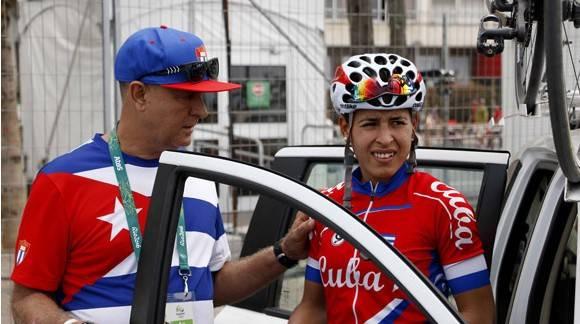 Arlenis Sierra y su entrenador en Rio 580