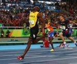 Bolt gana en los 200