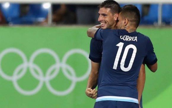 Correa y Calleri anotaron los goles del triunfo 2-1 de Argentina sobre Argelia en torneo Olímpico en el estadio Engenhao Foto: Alexander Hassenstein / Getty Images