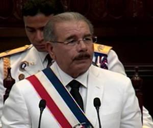 Danilo Medina asume presidencia de Rep. Dominicana