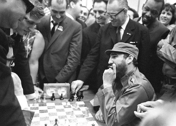 En la segunda partida con Terrazas nació la Variante Fidel.