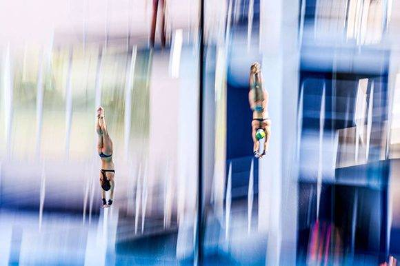 Giovanna Pedroso (izquierda) e Ingrid de Oliveira (Brasil) practican para el salto de 10 m femenino. Foto: David Ramos/ Getty Images.