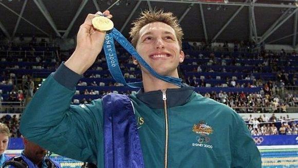 Ian Thrope obtiene el oro en los 400 metros estilo libre.