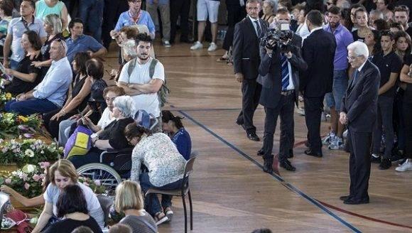 Italia funeral sismo